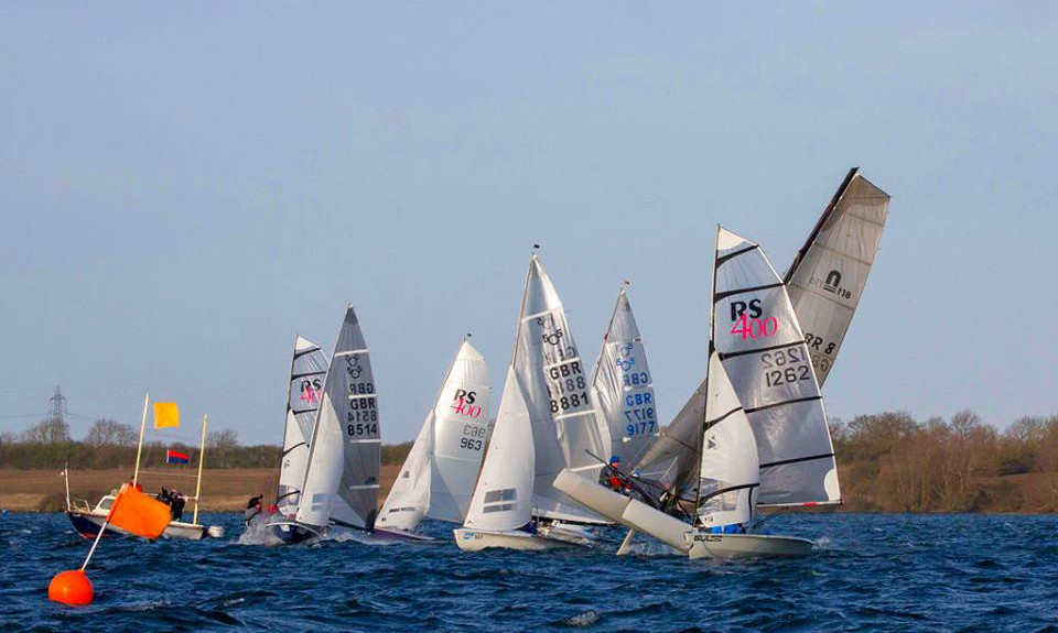 gale-force-grafham-brings-a-white-sweet-christmas-for-the-nacra-f18