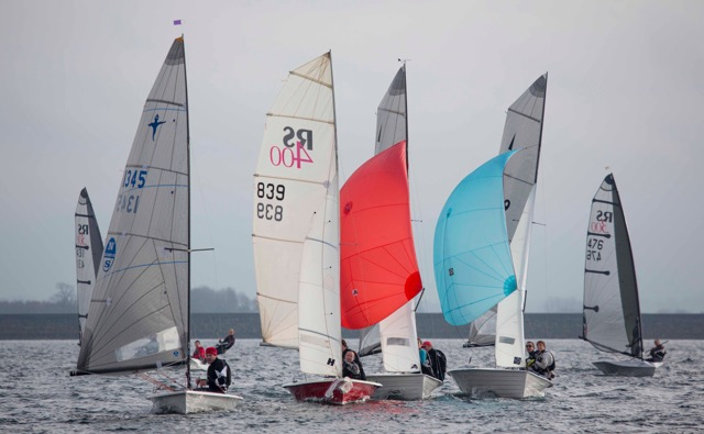 Halo outshines 104-boat fleet in Draycote's light airs